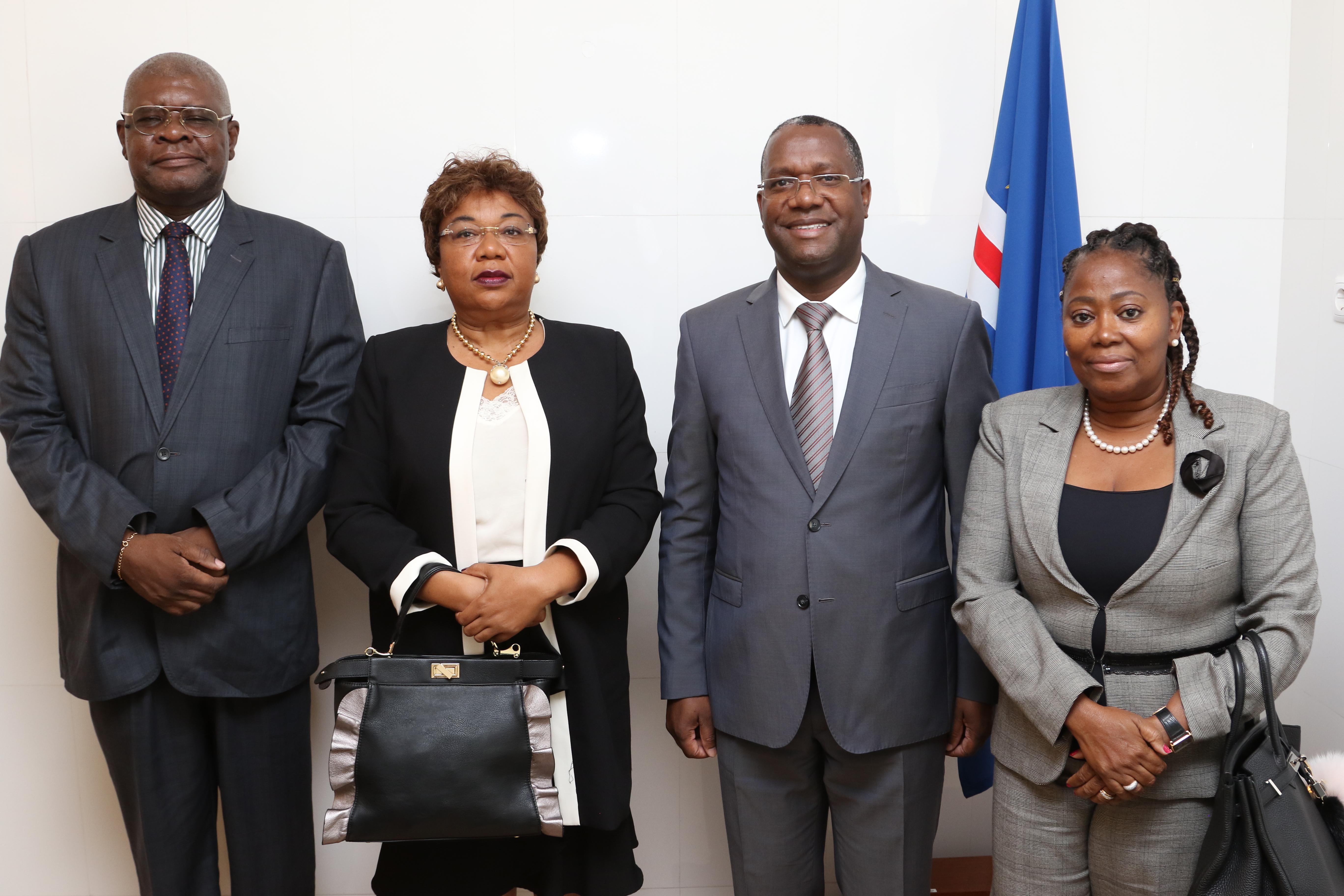 Visita TC de Angola - Foto Oficial